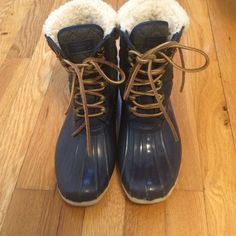 Sperry top sider boot Wear handful of time .100% wool inside the whole boot Sperry Top-Sider Shoes Winter & Rain Boots