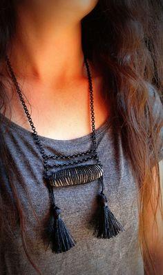 Crochet Stone Statement Necklace // Handmade // Monicaj by Monicaj