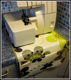 Sewing Studio, Hobbies And Crafts, Projects To Try, Diy Crafts, Organization, Handmade, Room Ideas, Bags, Getting Organized