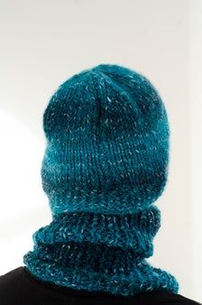 Blue hand knitted cap and neck warmer for teenagers image 1 Informations About Blue hand knitted cap Teenagers, Kids Girls, Kids Hats, Neck Warmer, Stay Warm, Hand Knitting, Knitted Hats, Boy Or Girl, Knit Caps
