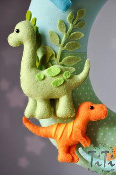Personalized name garland / wreath felt dinosaur theme by TiTics