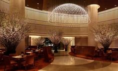 Peninsula Hotel TOKYO Peninsula Hotel, Lobby Lounge, Cosy, Places Ive Been, Arch, Design Inspiration, House Design, Ceiling Lights, Lighting