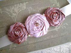 Торговый Дом «Петровна»: Украшения для девочки. Цветы из ткани. Мастер-класс