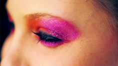 12 Makeup Gifs for Beauty Fanatics