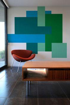 ofis dekorasyonları için mavi yeşil tonlarında renkli duvar boyama örnekleri