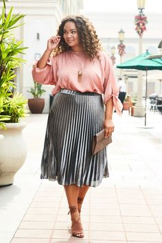 d3f79a643b152 This calve length metallic pleated skirt is your go to for skirts for the  transition season. Metallics are a huge trend right now and if you want to  look ...