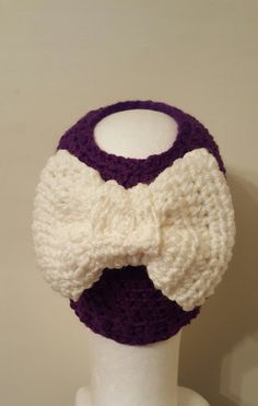 Check out this item in my Etsy shop https://www.etsy.com/listing/506257203/big-bow-messy-bun-hat-crochet-messy-bun