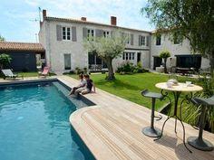 Marsilly, Maison de vacances avec 5 chambres pour 14 personnes. Réservez la location 940839 avec Abritel. Demeure charme luxe 8km La Rochelle ile de ré, piscine chauffée, sauna