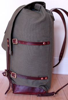 """Simple Materials List    """"DIY Duluth"""" - home made canvas/leather pack (pic heavy)"""