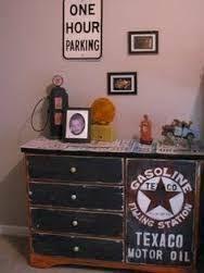 tirelire pompe essence maisons du monde 19 99 euros d co chambre enfants pinterest pompe. Black Bedroom Furniture Sets. Home Design Ideas