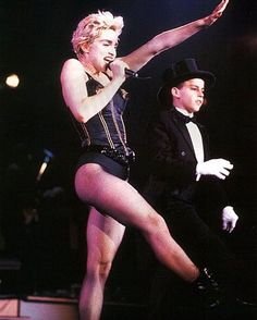 madonna who's that girl | on the who s that girl tour madonna sang a medley of dress you up ...