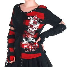 Find gothic hoodies, emo sweatshirts, punk jerseys and urban hoodies. Punk Rock Outfits, Edgy Outfits, Mode Outfits, Grunge Outfits, Fashion Outfits, Kimono Fashion, Punk Fashion, Gothic Fashion, Harajuku