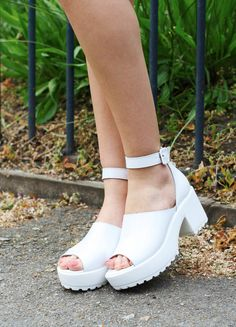 90s White Patent Leather Platform Sandals by BirdOnAWireVintage, £65.00