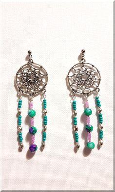 Boucles d'Oreilles dreamcatcher et perles turquoises et violettes : Boucles d'oreille par aliciart