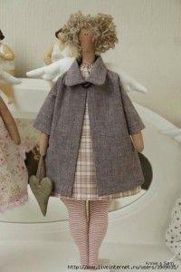 Bonita muñeca tilda con patrón de ropa, abrigo y vestido incluido. Patrón de muñeca tilda: