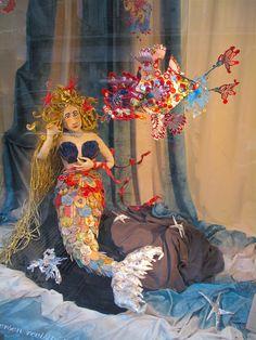 Sirène  - http://youtu.be/h0Q6KBkLf8c http://www.rebecca-campeau.com/