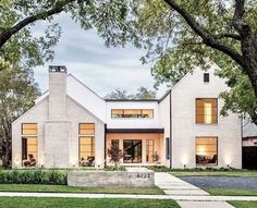 33 Best Modern Farmhouse Exterior House Plans Design Ideas Trend In If you are looking for [keyword], You come to the right place. Below are the 33 Best Modern Farmhouse Exterior House Plans Des. Farmhouse Architecture, Modern Farmhouse Exterior, Farmhouse Plans, Farmhouse Style, Craftsman Exterior, Farmhouse Decor, Landscape Architecture, Wall Exterior, Exterior Colors