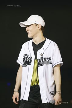 Chen - 170226 Exoplanet #3 - The EXO'rDium in Manila  Credit: Light Up Dreamers.