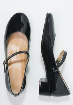Tap Shoes, Dance Shoes, Character Shoes, Fashion, Dancing Shoes, Moda, Fashion Styles, Fashion Illustrations