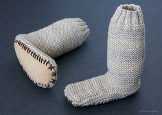 Leg warmer slippers in vanilla |White Fern Designs|