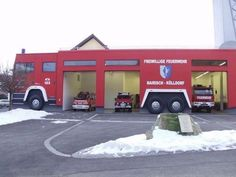 Feiwillige Feuerwehr (a.k.a. A fire engine fire station), Germany | Shared by LION