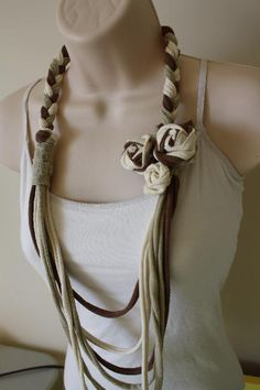 old t shirts into rosette necklace