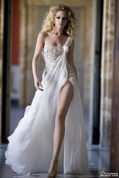 what a dreamy fab dress