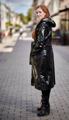 Vinyl Raincoat, Pvc Raincoat, Rain Bonnet, Rubber Raincoats, Hooded Cloak, Langer Mantel, Rain Coats, Rain Wear, Black Rubber
