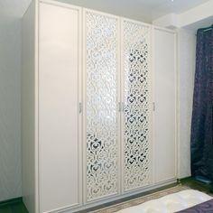 Шкаф распашной 44