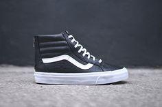 http://www.sneakerfreaker.com/sneakers/vans-sk8-hi-zip-black-croc/