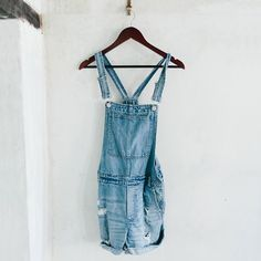 Shop Northmore Short Denim Overalls at ASOS. Simple Outfits, Summer Outfits, Cute Outfits, Salopette Jeans, Dungaree Dress, Madewell Denim, Denim Overalls, Short Overalls, Dungarees