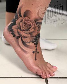 Giova on tattoo fr debora 0711 stuttgartrealistictattoo inkedgirls italiantattooartist tattoomagazine tattoomachines ankle tattoo furing Badass Tattoos, Sexy Tattoos, Body Art Tattoos, Sleeve Tattoos, Hand Tattoos, Turtle Tattoos, Animal Tattoos, Rosary Foot Tattoos, Rosary Bead Tattoo