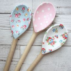Decoupage Wooden Spoons using Cath Kidston designs;shabby chic,homeware,floral #EmmaBridgewater #ShabbyChic