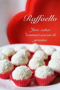 Raffaello (fara zahar, continut scazut de grasimi, 100% sanatoase) Healthy Cookies, Healthy Snacks, Healthy Recipes, Sugar Free Desserts, Dessert Recipes, Sweets From Heaven, Breakfast Cookies, Cookie Bars, Sweet Recipes