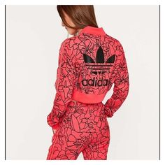 ADIDAS cropped jacket sweatpants set ❤ liked on Polyvore featuring activewear, activewear pants, adidas sweatpants, red sweat pants, adidas, adidas activewear and cropped sweatpants