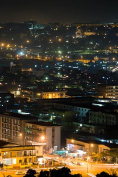 Yaoundé streets at night