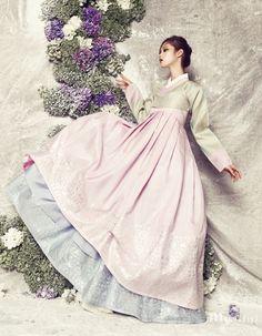Modern 한복 Hanbok / Traditional Korean dress in pastels Korean Traditional Clothes, Traditional Fashion, Traditional Outfits, Korean Dress, Korean Outfits, Asian Fashion, Fashion Photo, Hanbok Wedding, Modern Hanbok