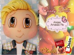 9 candy dolls + chiclets + amanda pin