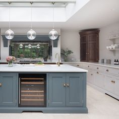 "Humphrey Munson on Instagram: ""A huge roof lantern in this extension to a Victorian family provides so much light and helps the kitchen to feel spacious and uncluttered.…"""