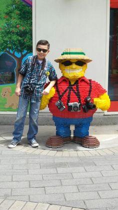 Legoland. Camera guy. Outing. Camera phone. Skybrightphoto.com Lego Blocks, Camera Shots, Legoland, Photography Editing, Legos, Photographers, Places To Go, Guy, Invitations