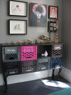 Posibilidades infinitas http://www.recyclart.org/2011/08/crates-cabinet/