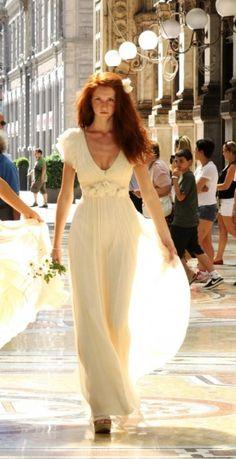 n° 1 bis    Robe de mariée Leila Hafzi chez Metal Flaque à Paris, France