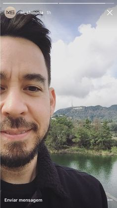 Awww, the handsome Mike Shinoda Great Bands, Cool Bands, Fort Minor, Linking Park, Mike Shinoda, Chester Bennington, Rock Music, Rapper, Handsome