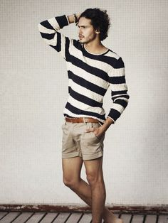 Shop this look on Lookastic:  http://lookastic.com/men/looks/white-and-navy-horizontal-striped-crew-neck-sweater-brown-leather-belt-tan-shorts/10405  — White and Navy Horizontal Striped Crew-neck Sweater  — Brown Leather Belt  — Tan Shorts