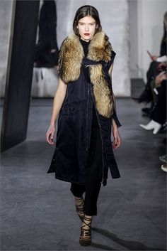 Fall Winter 2015-2016 Trend  http://www.currentobsessions.com/090715-in-your-element/2015/9/6/fall-winter-2015-2016-i-am-sorrybut-i-love-fur  current obsessions blog