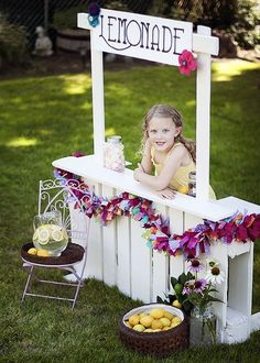 mommo design: OUTDOOR PLAY IDEAS  Get your children out side for a lemonade sale with a stand made from a pallet. Who wouldn't buy a glass?