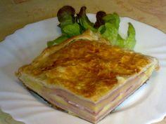 Gracias a una amiga (un saludo Lur) descubrí la empanada de jamon york y queso, por cierto le sale riquísima y ahora soy adicta jaajajja