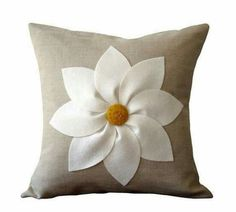 White and Yellow Flower PILLOW COVER in by JillianReneDecor. Layered felt petals with handmade felt button center create this beautifully simplistic flower pillow cover. Natural linen completes the look. Sewing Pillows, Diy Pillows, Couch Pillows, Cushions, Throw Pillows, Sofa Bed, Felt Flowers, Yellow Flowers, Floral Flowers