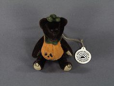 New-Boyds-Bears-Halloween-Tricky-F-Wizzie-Pumpkin-Bear-Ornament-596008-1997