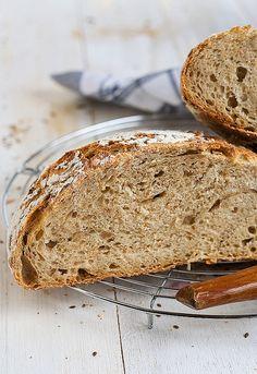Pan de espelta integral y masa madre